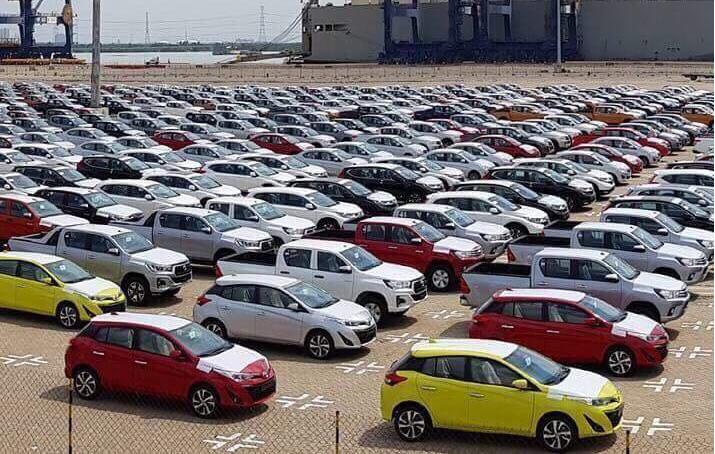 Những dòng xe Toyota Nhập khẩu đã cập cảng